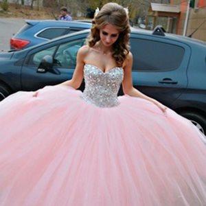 Vestido De Debutante Vários Modelos Para Usar Durante A Festa
