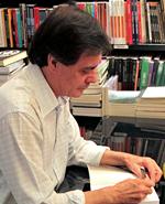 """""""Por que o Brasil não tem filósofos?""""  Ensaio do escritor Frederico Rochaferreira mexe com a estagnação das ideias"""