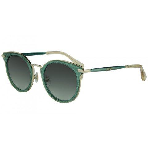 6e895f800cc92 O uso dos óculos de sol também é essencial no período de inverno, pois eles  protegem os olhos e somam para as tendências da alta moda.