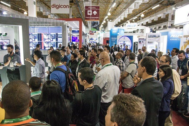 Vemos um grande movimento de importantes lançamentos das empresas e  evolução geral do que já é oferecido 3d46b39563